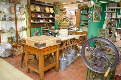 hemswell-antiques-building-1-gallery-03.jpg