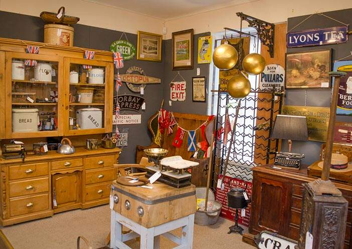hemswell-antiques-building-2-feature-image.jpg