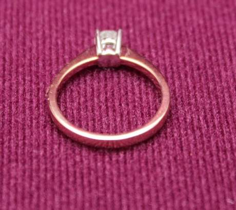 18ct Gold Diamond Solitaire Ring image-4