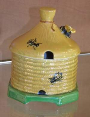 Crown Devon Lustre Honey Pot