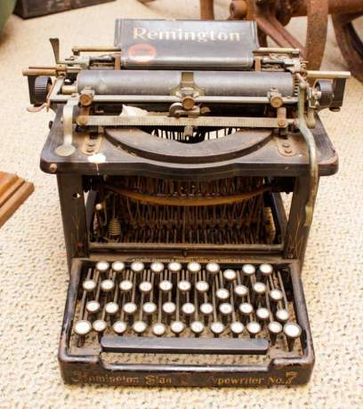 Antique Remington No.7 Typewriter image-1