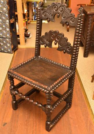 Late 17th Century Joined Oak Derbyshire Chair image-1