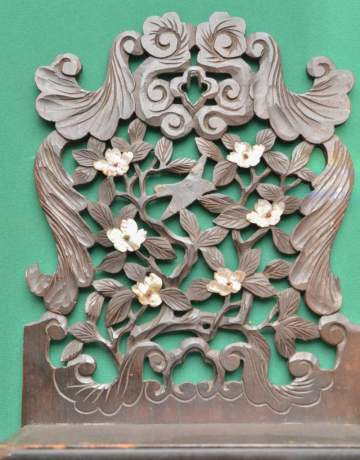 Oriental Carved Wall Cupboard with Mother of Pearl Decoration image-4
