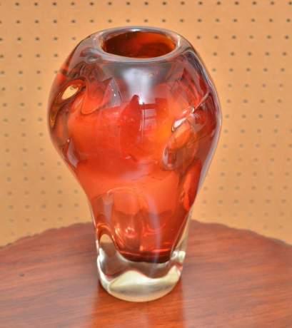 Good Pair of Murano Glass Vases image-3