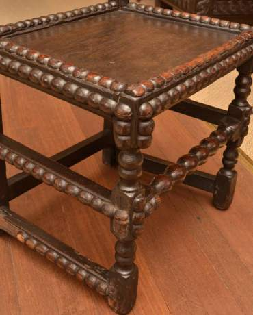 Late 17th Century Joined Oak Derbyshire Chair image-3