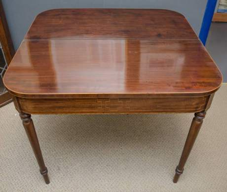 Regency Mahogany Tea Table image-3