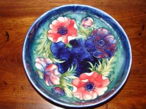 Moorcroft Bowl with Tubelined Floral Pattern