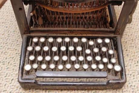 Antique Remington No.7 Typewriter image-2