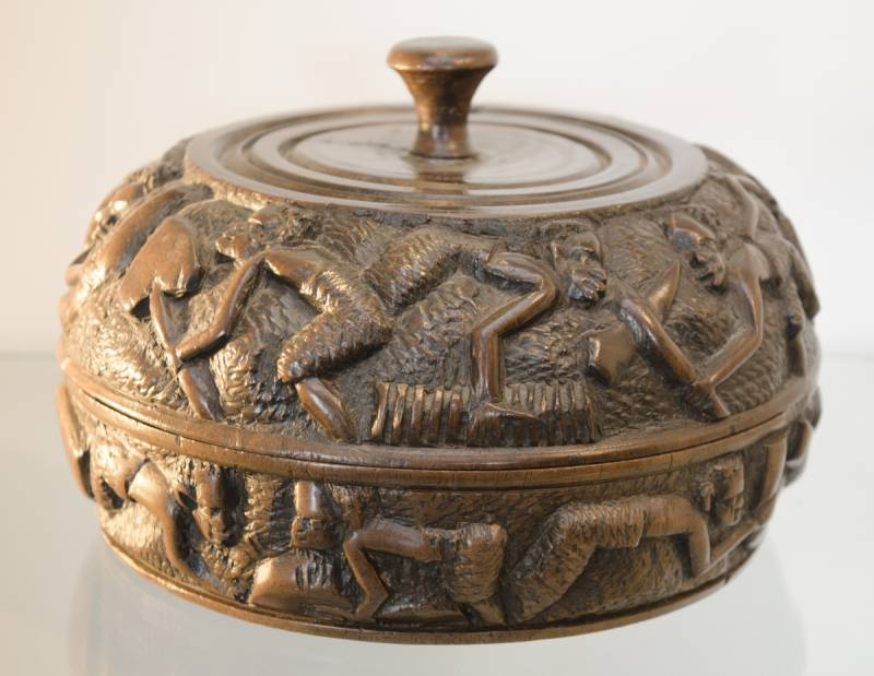 African relief carved circular wooden box decorative for Circular wooden box