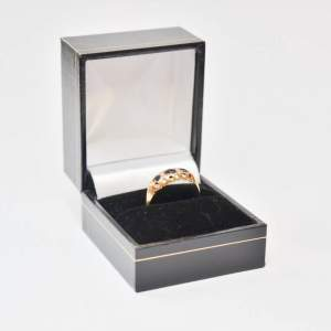 18ct Gold Sapphires And Diamond Ring