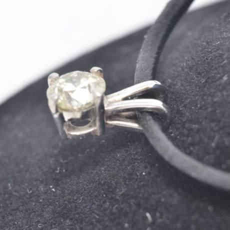 Mid 20th Century Diamond Pendant image-3