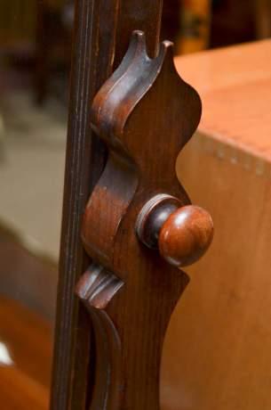 Victorian Walnut Dressing Table Mirror image-4