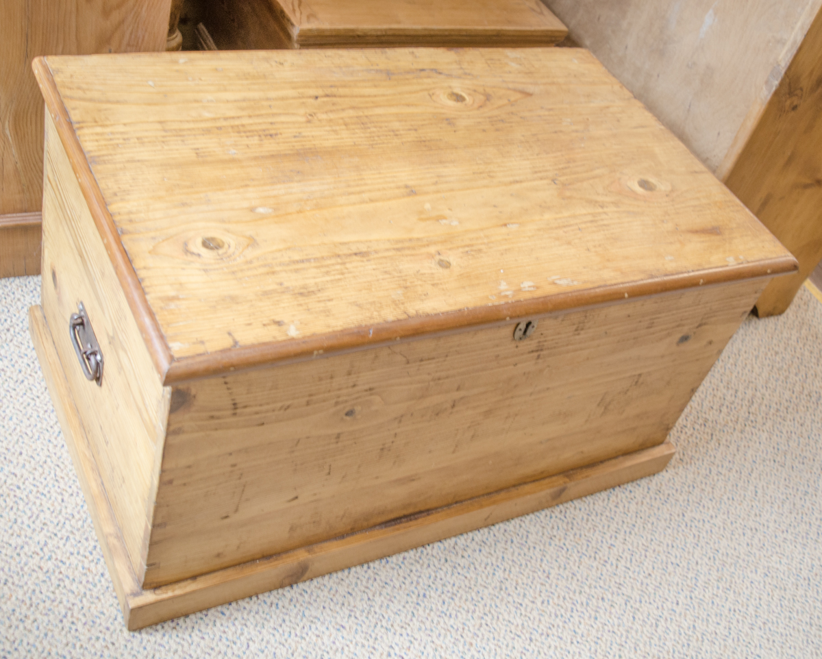Antique Pine Box Pine Chests Hemswell Antique Centres