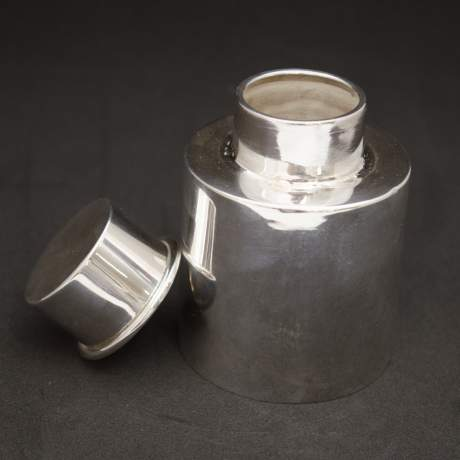 Pair of Silver Tea Caddies image-5
