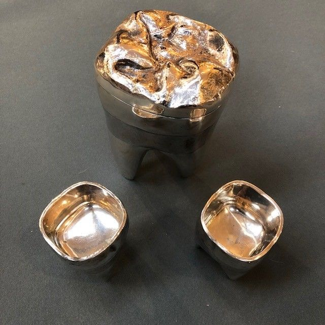 841024552655 ... Antique Silver  Very Rare Novelty Teeth Cigarette Box and Ashtrays  Created for Alfred Dunhill by Matteo Cellini. featured 1.jpg ...