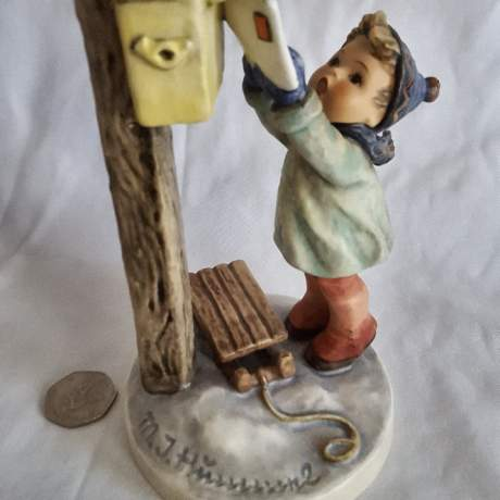 Very Rare Hummel Figurine of Letter to Santa image-1