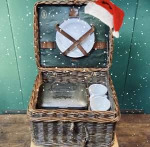 Vintage Small Wicker Picnic Basket
