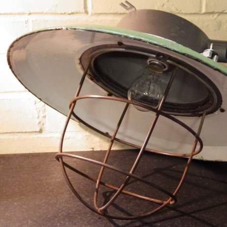 Vintage Industrial Green Enamel Electric Lamp Large Ships Pendant Ceiling Light image-6
