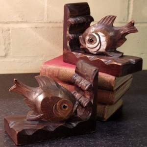 Black Forest 1920s Art Deco Pair of Carved Oak Fish Bookends