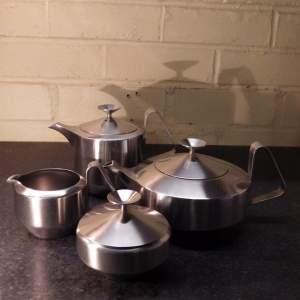 Robert Welch Old Hall Alveston Design Stainless Steel Teaset