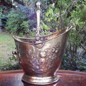 Victorian 19th Century Antique Decorative Brass Coal Scuttle