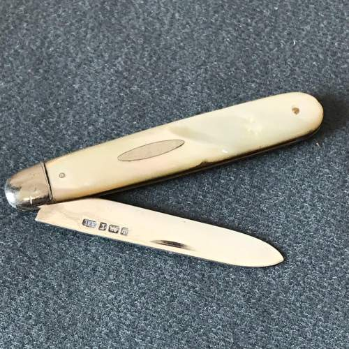 Edwardian Silver and Mother of Pearl Pen Knife image-1