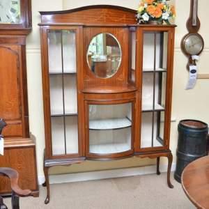 antique-cabinets.jpeg