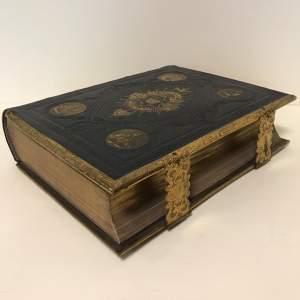 LH30 17 Bible 8.jpg