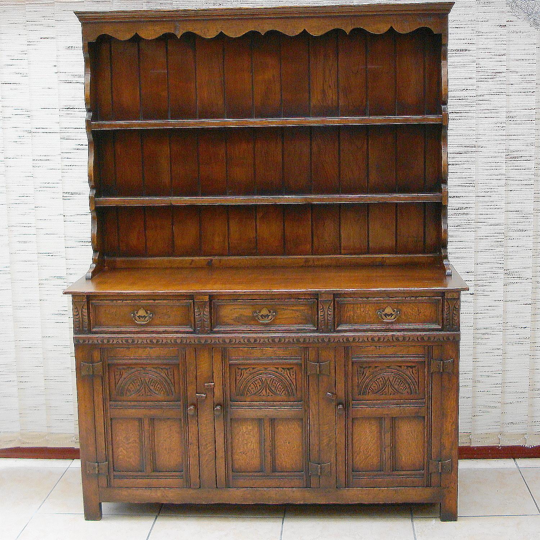 titchmarsh and goodwin oak dresser antique dressers. Black Bedroom Furniture Sets. Home Design Ideas