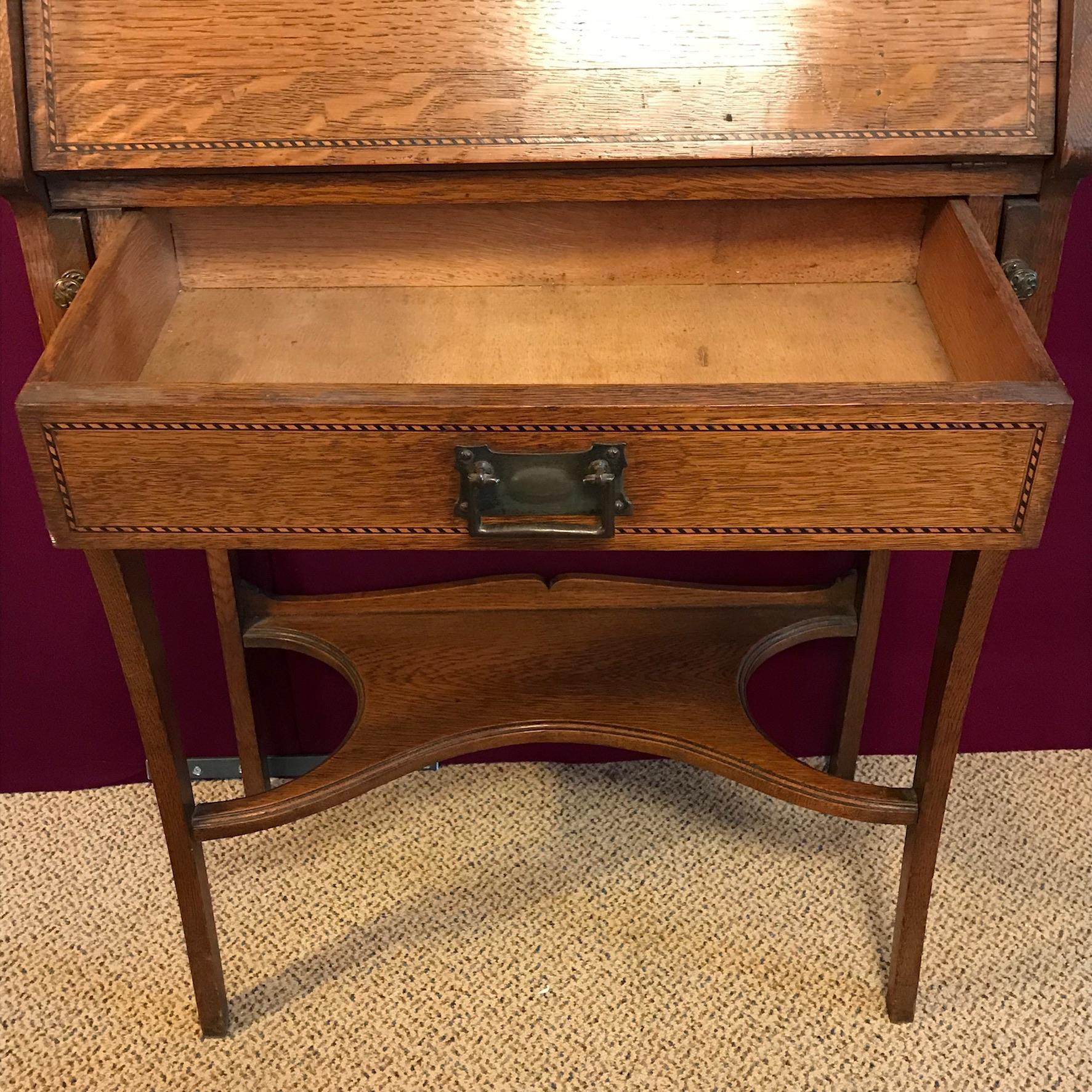 arts and crafts oak students bureau furniture etc hemswell antique centres. Black Bedroom Furniture Sets. Home Design Ideas
