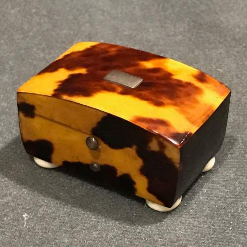 Regency Period Tortoiseshell and Ivory Patch Box image-1
