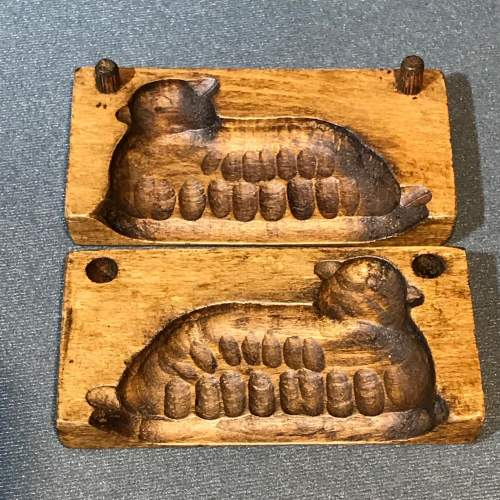 Treen Chocolate or Butter Mould in the Shape of a Sheep image-3