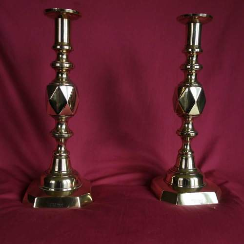 King of Dia Brass candlesticks A1.JPG