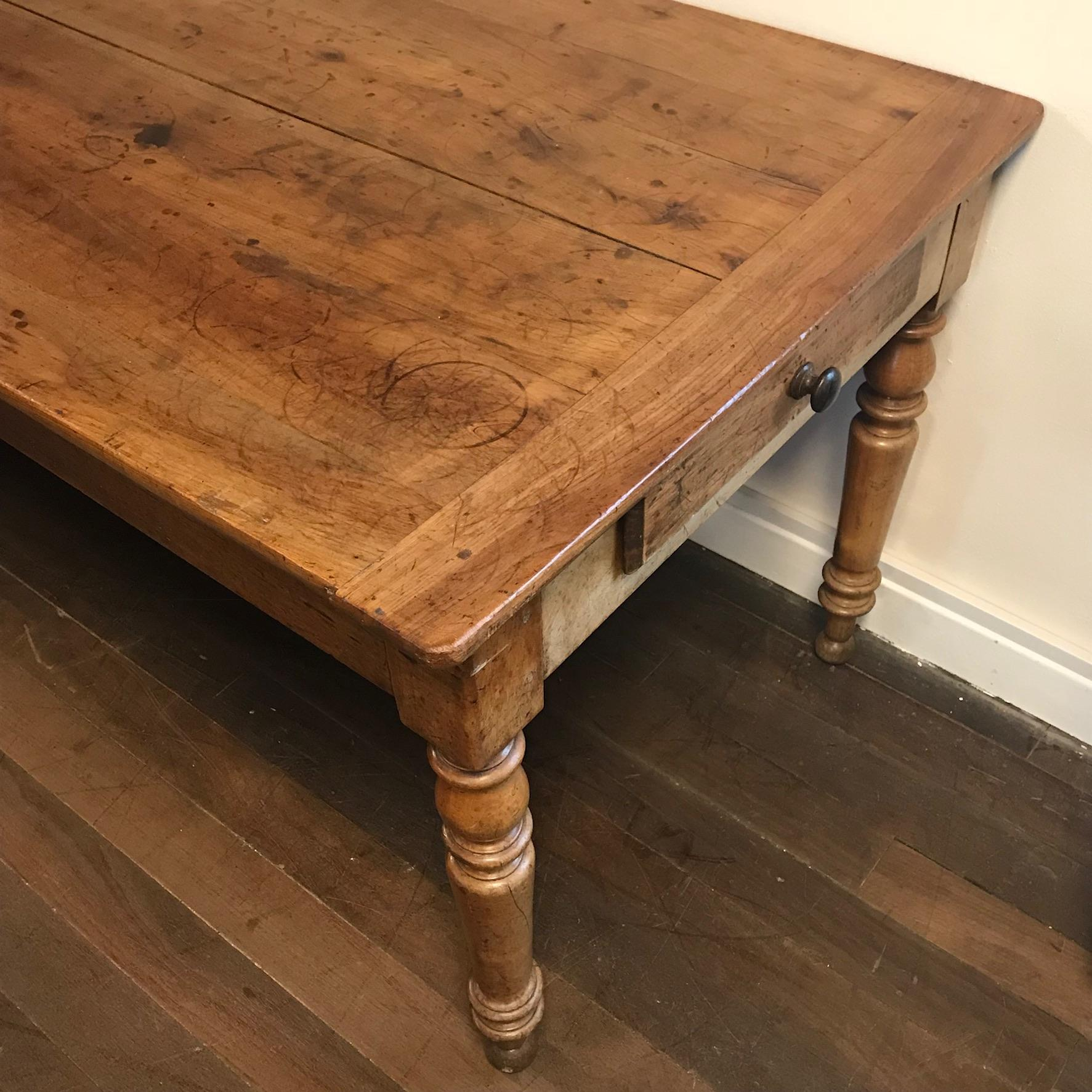 Antique french cherrywood farmhouse table antique dining tables hemswell antique centres - Antique french dining tables ...
