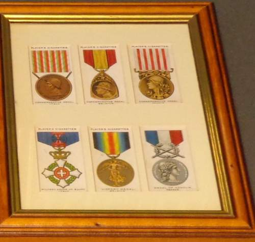 Framed Cigarette Cards  -  War Decorations and Medals Circa 1927 image-4