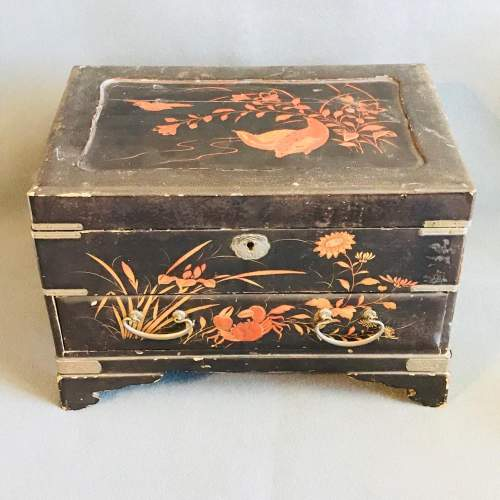Oriental Lacquer Jewellery Work Box image-1
