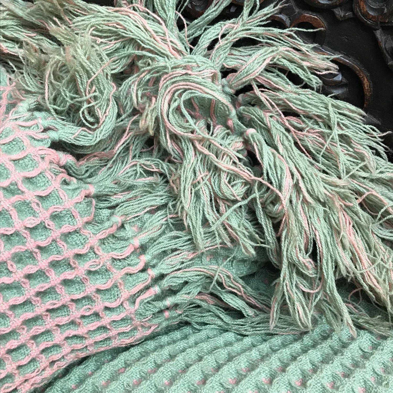 1950s Vintage Welsh Honeycomb Blanket Rugs Tapestries