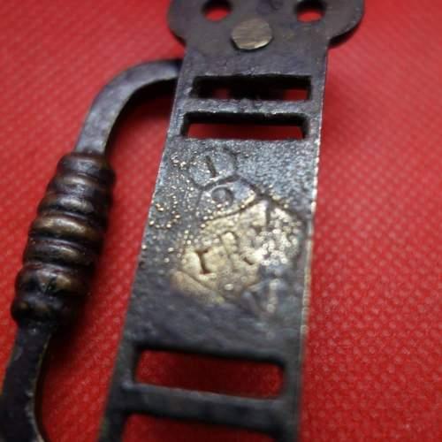Vic Cof D handle Reg Diamond Mark.JPG