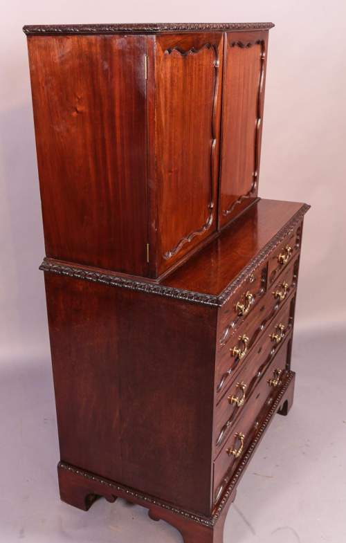 Victorian Mahogany Fitted Cabinet on Chest image-6