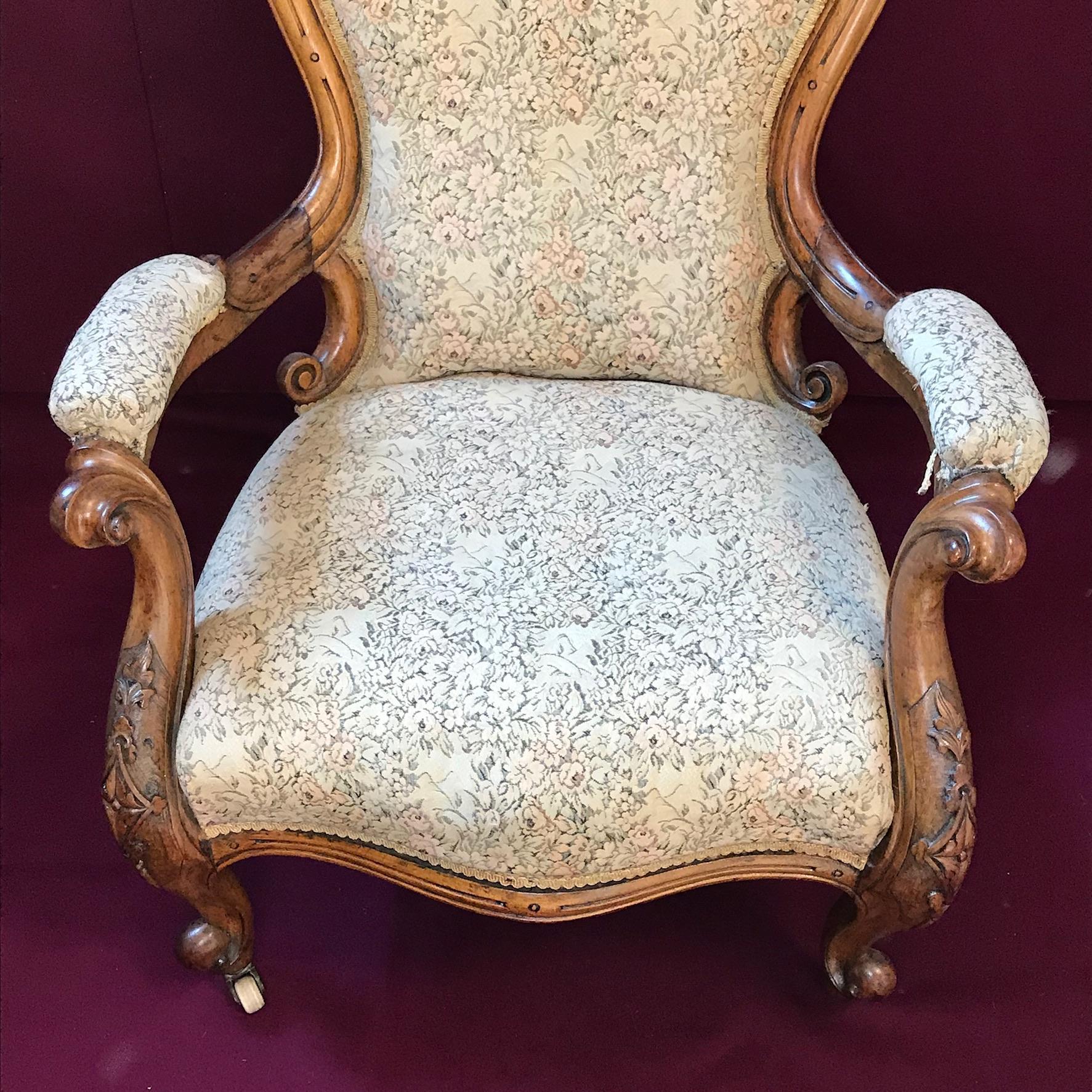 Victorian Gentlemans Walnut Armchair - Antique Chairs ...