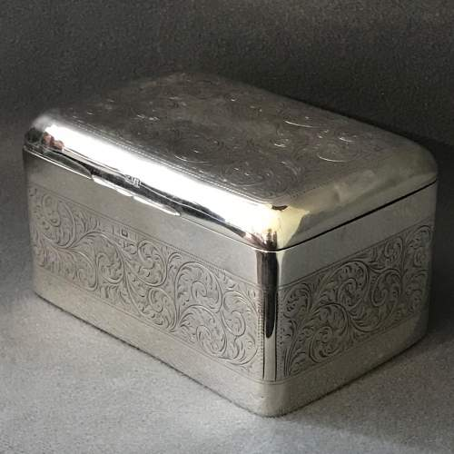 Edwardian Silver Engraved Box image-1