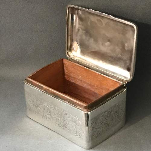 Edwardian Silver Engraved Box image-2