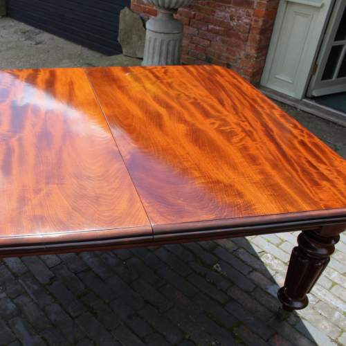 Hemswell Dining Table - 1.jpg
