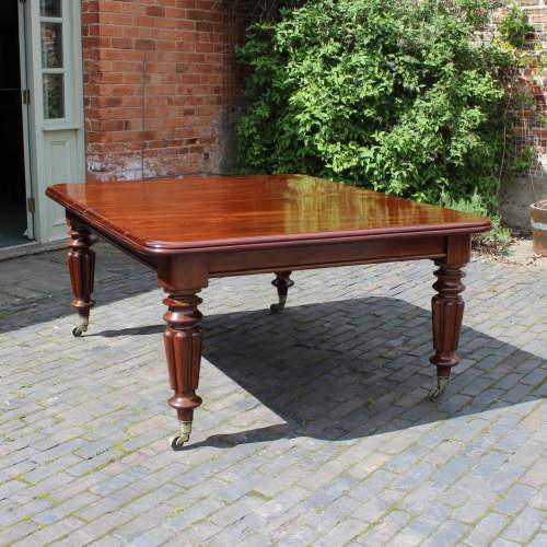 Hemswell Dining Table - 3.jpg