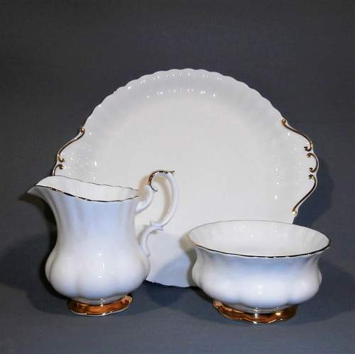 Royal Albert Val D Or Six Place White and Gold China Tea Service image-3