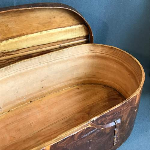 19th Century Swedish Oval Marriage Style Box image-4