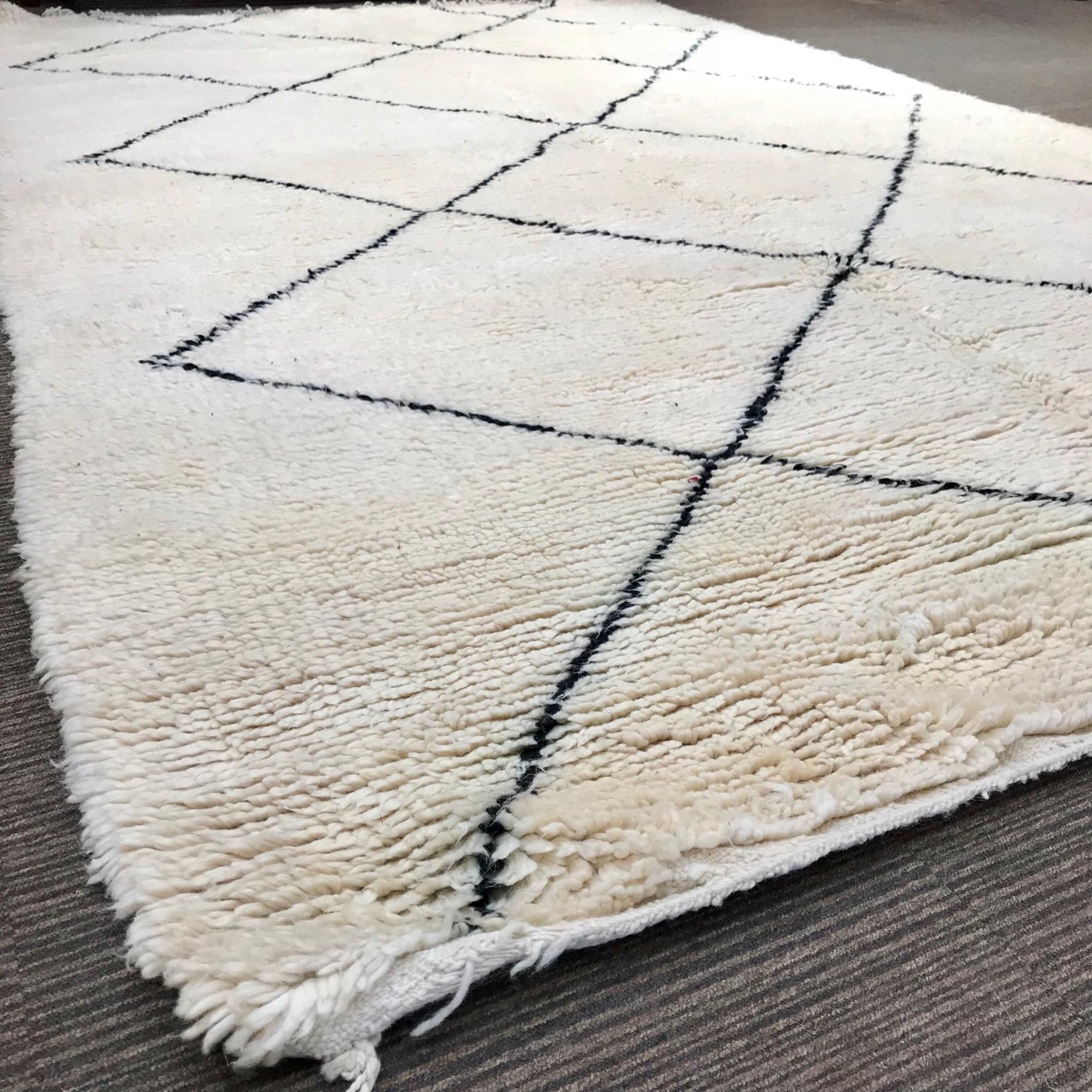 ATLAS KILIM BERBERE Antique Rugs & Weavings from the ...  |Berber Tribe Fabric