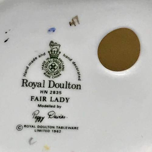 Royal Doulton Fair Lady Figure by Peggy Davies image-6