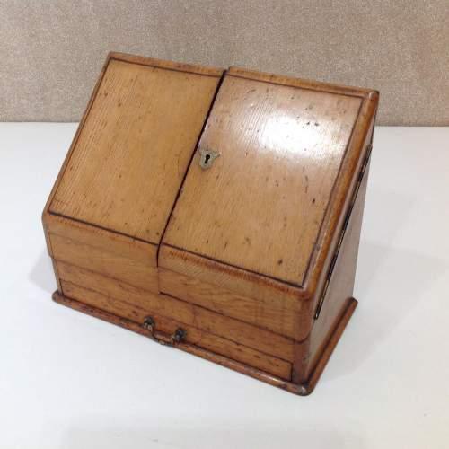 1.0015 - oak stationary cabinet.JPG