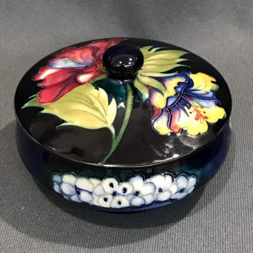 Moorcroft Old Orchid Pattern Lidded Dish image-1